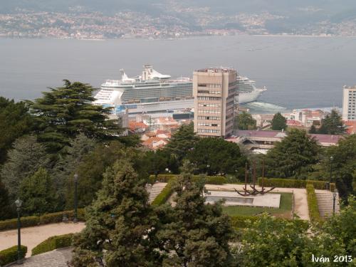 Crucero en el puerto de Vigo