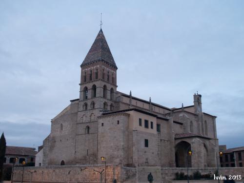 Santa Eulalia al anochecer